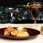 TENRAN CAFEで1000万ドルの夜景と楽しむ「六甲山ボジョレーナイト」を開催