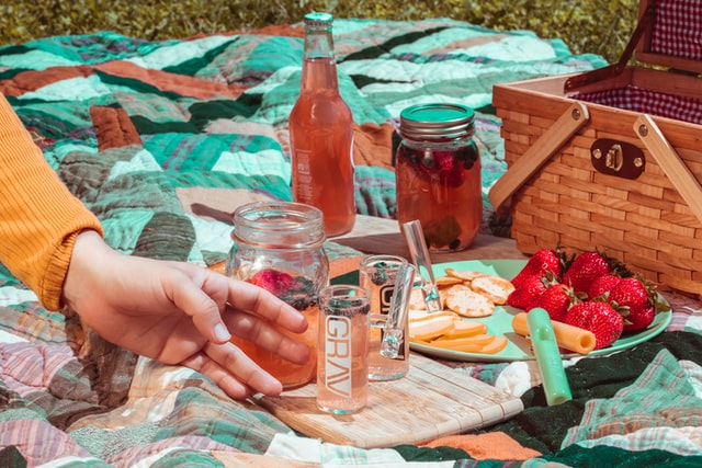Picnic basket with picnic food and drink