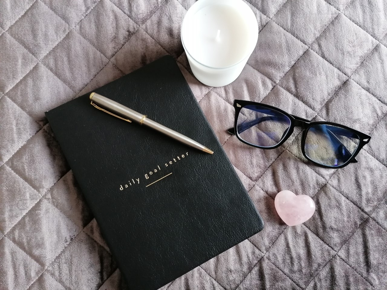 Mal Paper Daily Goal Setter Planner and Pen