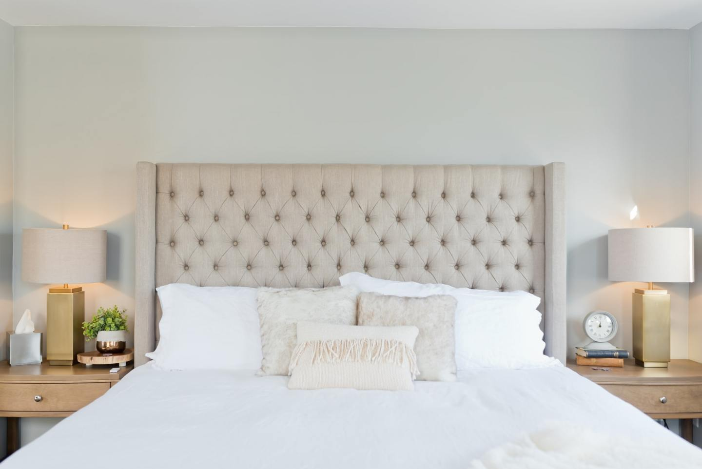 Bed with the right mattress and headboard