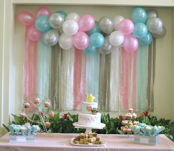 Simple Balloon Decoration On Wall Architecture Home Decor