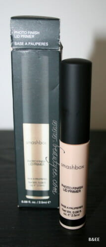 Review :Smashbox Photo Finish Lid Primer.