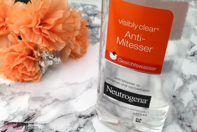 neutrogena-visibly-clear-gesichtswasser-6