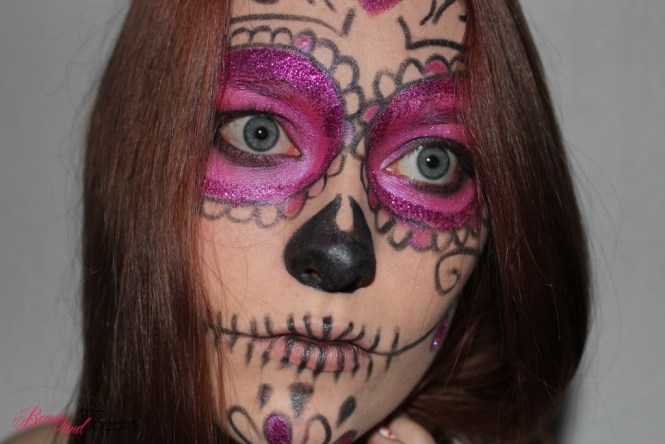 halloween-make-up_pink-supgar-skull-6