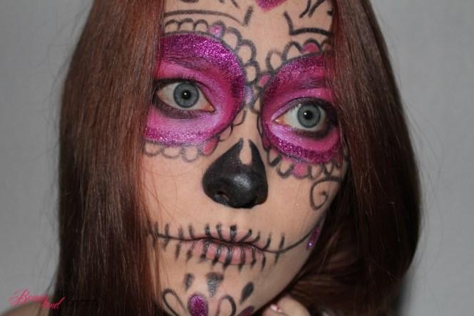halloween-make-up_pink-supgar-skull-6
