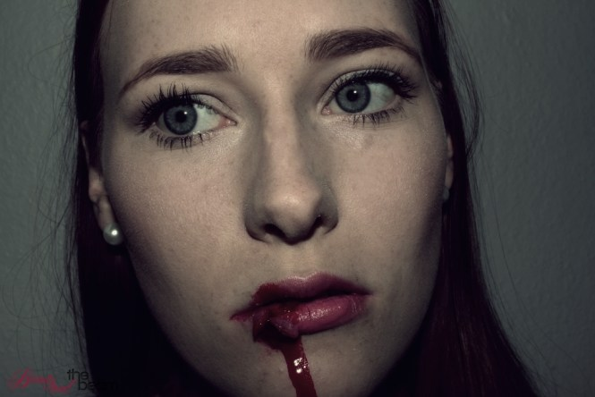 aufgerissene Lippe / busted lip [Halloween-sfx-Tutorial] | Beauty and the beam