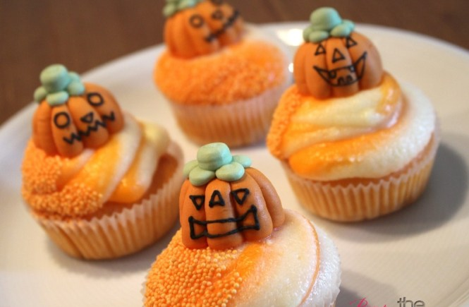 [Rezept] Halloween Orangen Cupcakes | Beauty and the beam