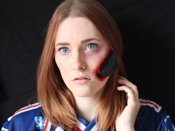 Eishockey Fangirl SFX-Look [Halloween]