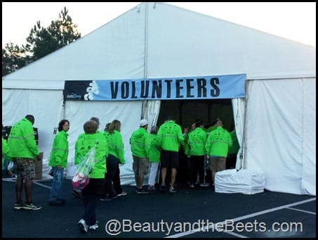 W Volunteer tent #WDW Marathon