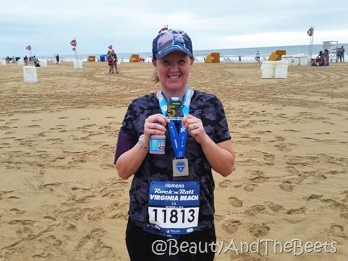 Humana Rock N Roll VA Beach 5K medal Beauty and the Beets