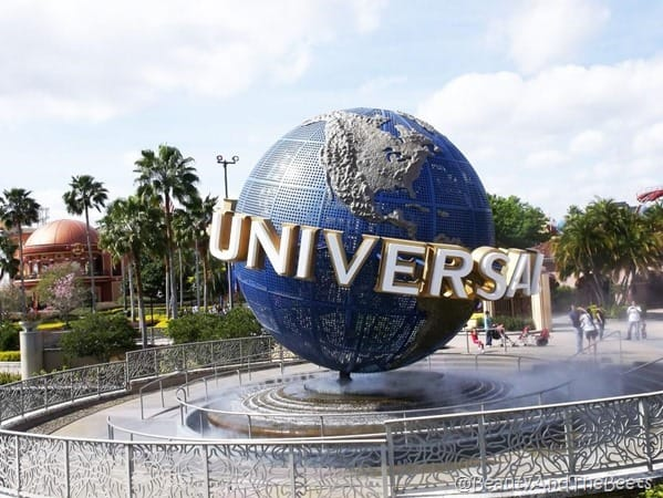 the iconic Universal globe plaza at Universal Studios Orlando