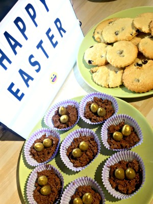 Easter Biscuits and Nest Cakes Recipe!