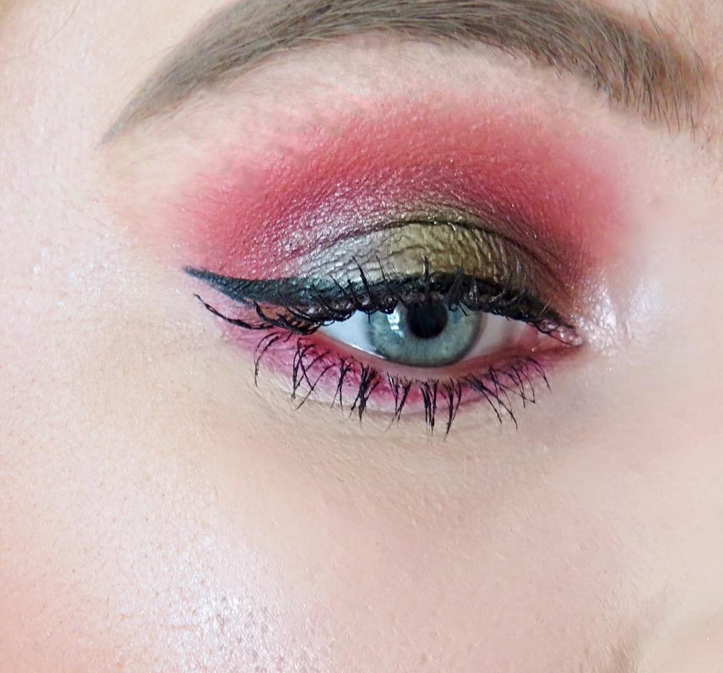 bold and glowing makeup