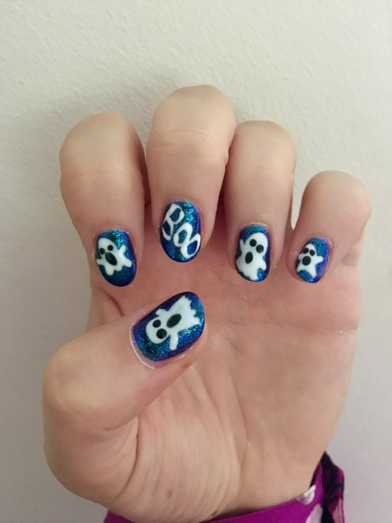 Halloween Nails - Ghost
