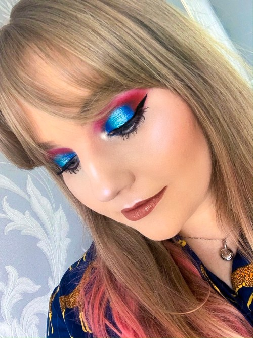Electric Blue Makeup Look