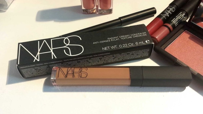 NARS Radiant Creamy Concealer in Amande. Quick Reference: In NARS Sheer Glow Foundation my shade is Macao.