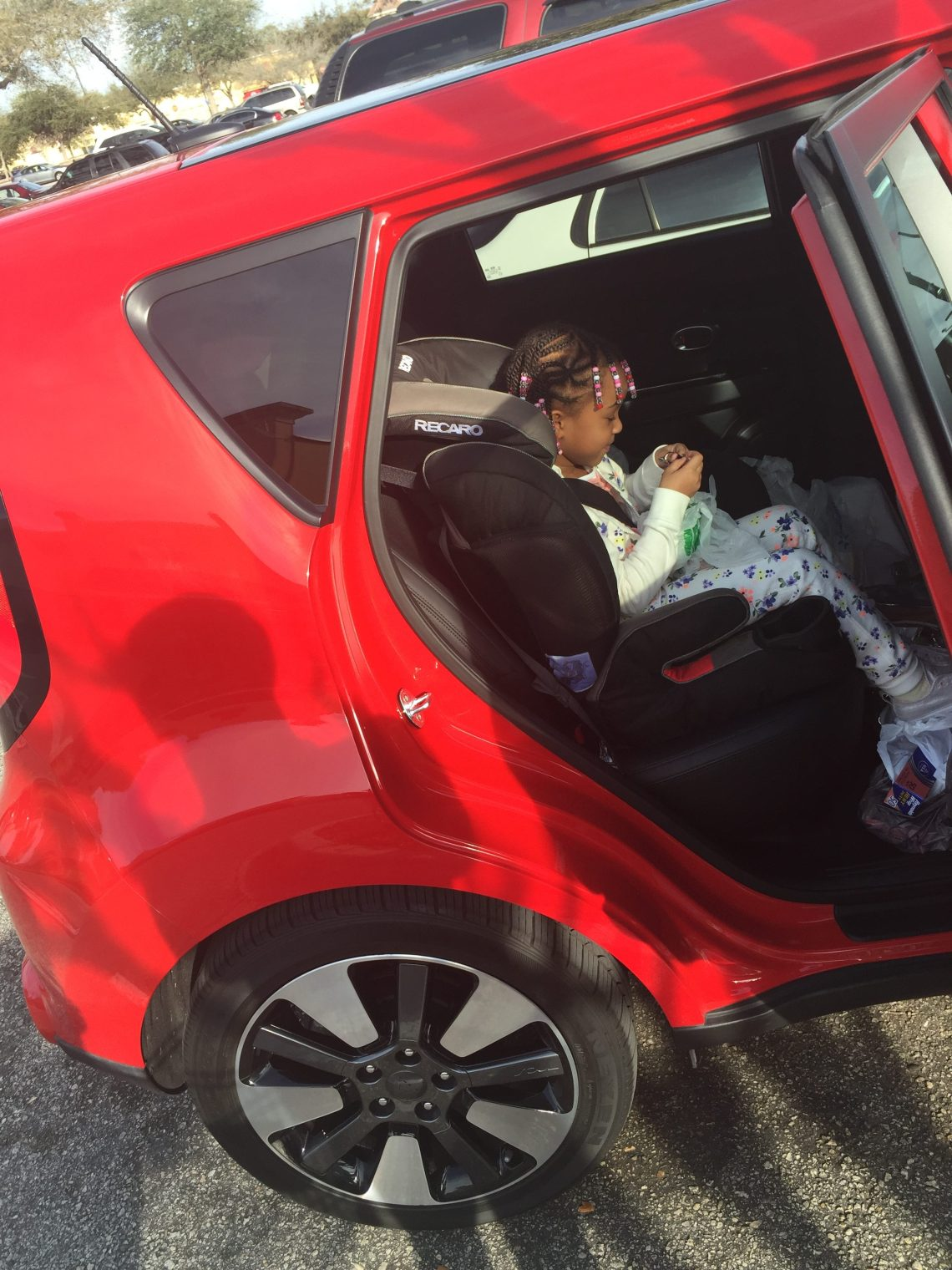 Memorial Day Weekend Travel Tips for Traveling with Kids_Kia Soul