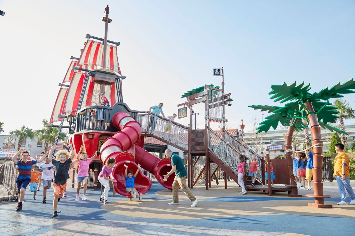 Pirate Shores castaway camp at LEGOLAND® New York Resort