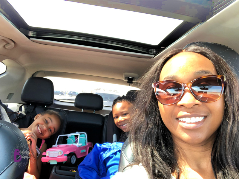 I've put together this list of things to keep in your car that are essential items for busy moms that are always on the go.