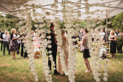 paper-garland-wedding-decoration