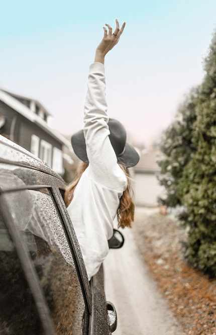 woman-car