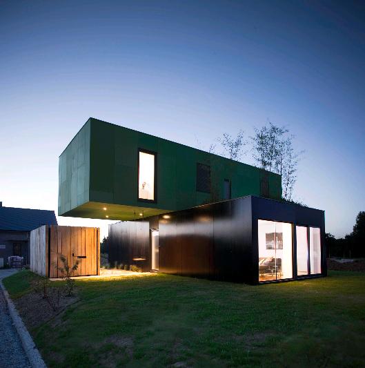 Algeco maison maison pecheurs with algeco maison projet for Habiter un container