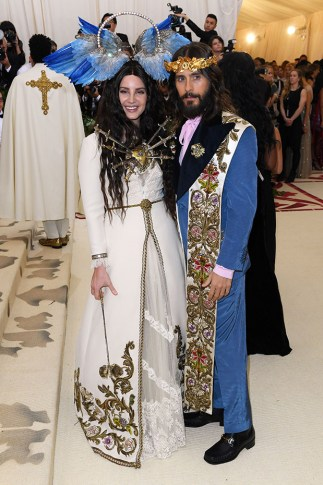 jared-leto-outfit-met-gala-embed