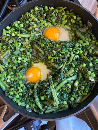 Eggs in a Garden by BeautyBeyondBones #healthyfood #freezermeal #quarantine #vegetarian #glutenfree #paleo #grainfree #edrecovery #eggs #food