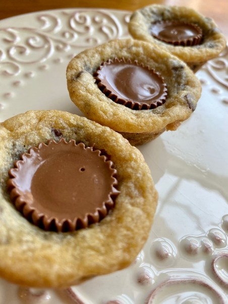 Peanut Butter Cup Cookies by BeautyBeyondBones #dessert #chocolate #peanutbutter #sweets #yum #reeces #edrecovery #food