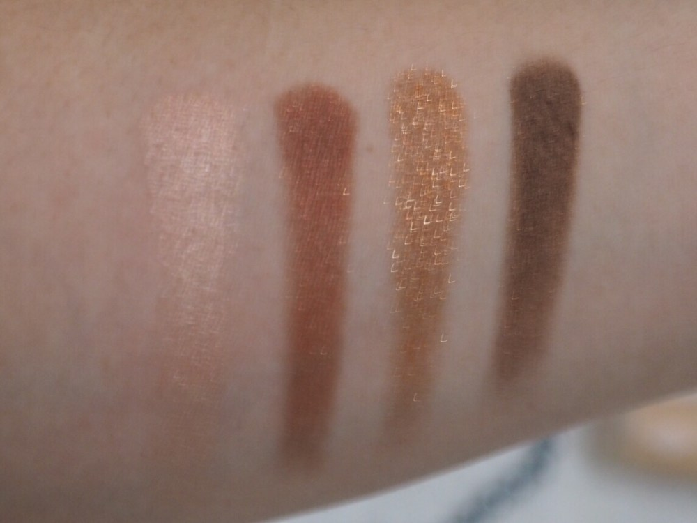 Charlotte Tilbury Colour Coded Eyeshadow Quad in Dolce Vita Swatches