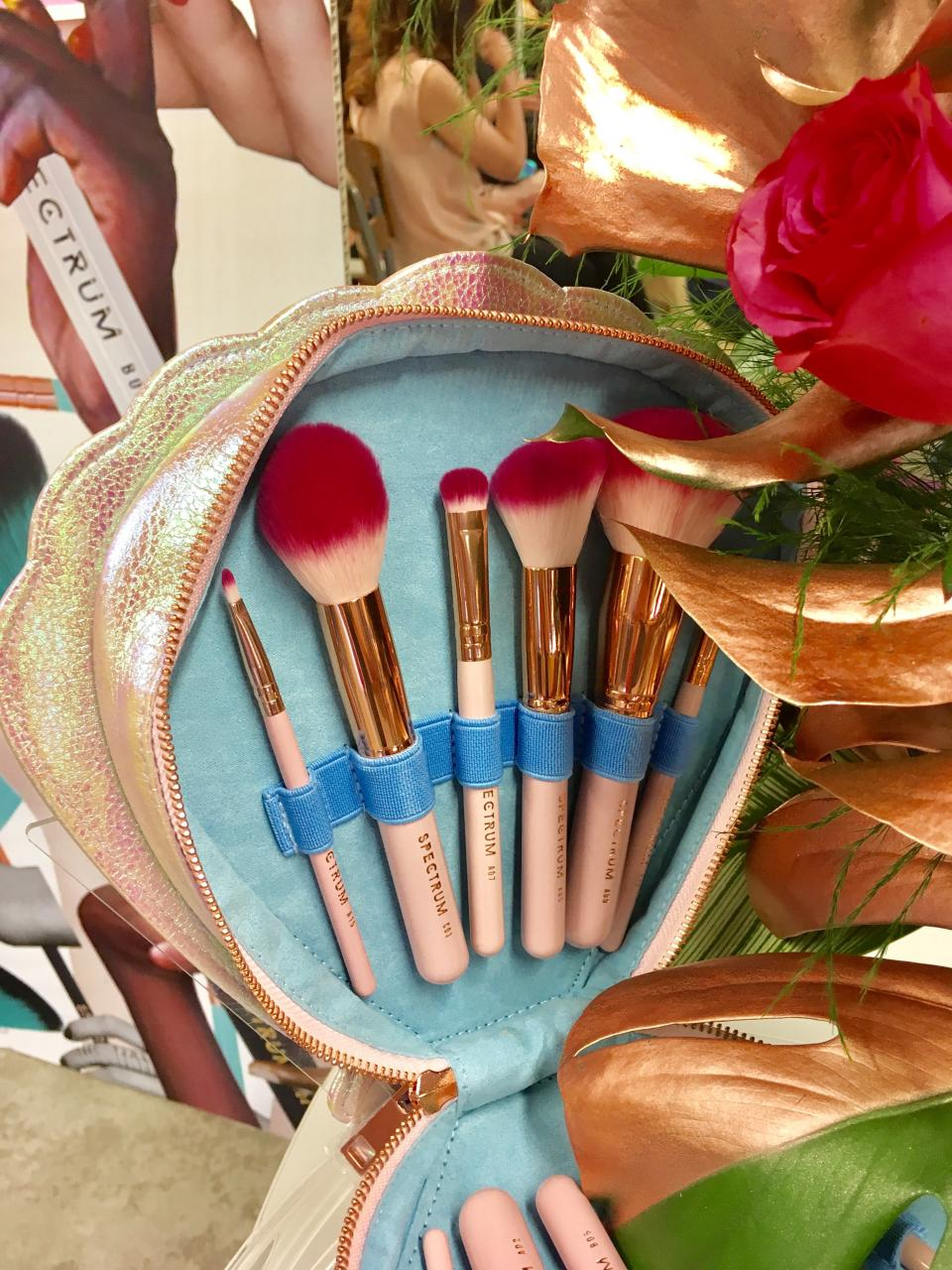 Spectrum Collection Makeup Brushes- The Bomb Shell pink and gold makeup brushes in a clam shaped case