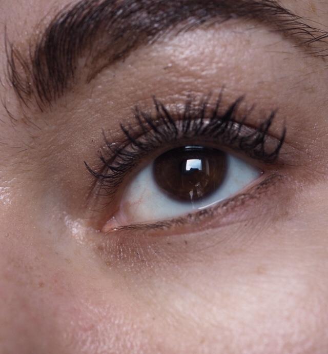 Benefit Bad Gal Bang Mascara Review- At The End of The Day close up eye