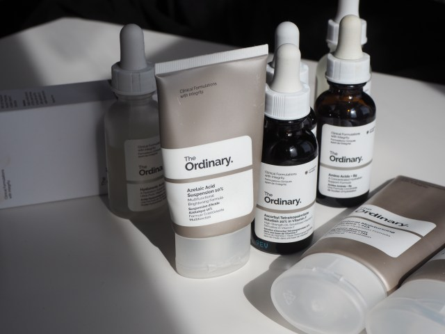 The usual treatment regimens for products with sensitive skin - dropper and tubing