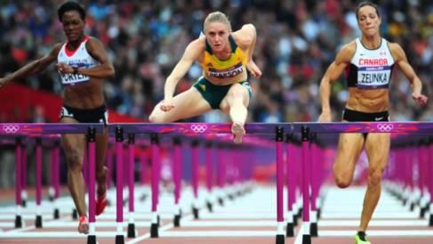 ハードル 女性 スポーツ