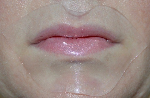 Patchology FlashPatch Lip Gel Usage