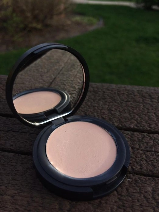 Life on Mars Beauty Organic Weightless Foundation and Concealer