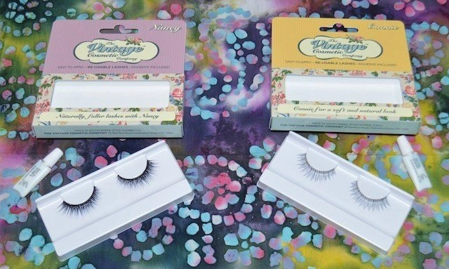 Vintage Cosmetics Lashes in Nancy and Connie