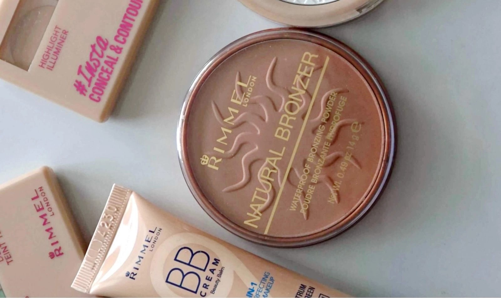 Rimmel Natural Bronzer in Sun Light