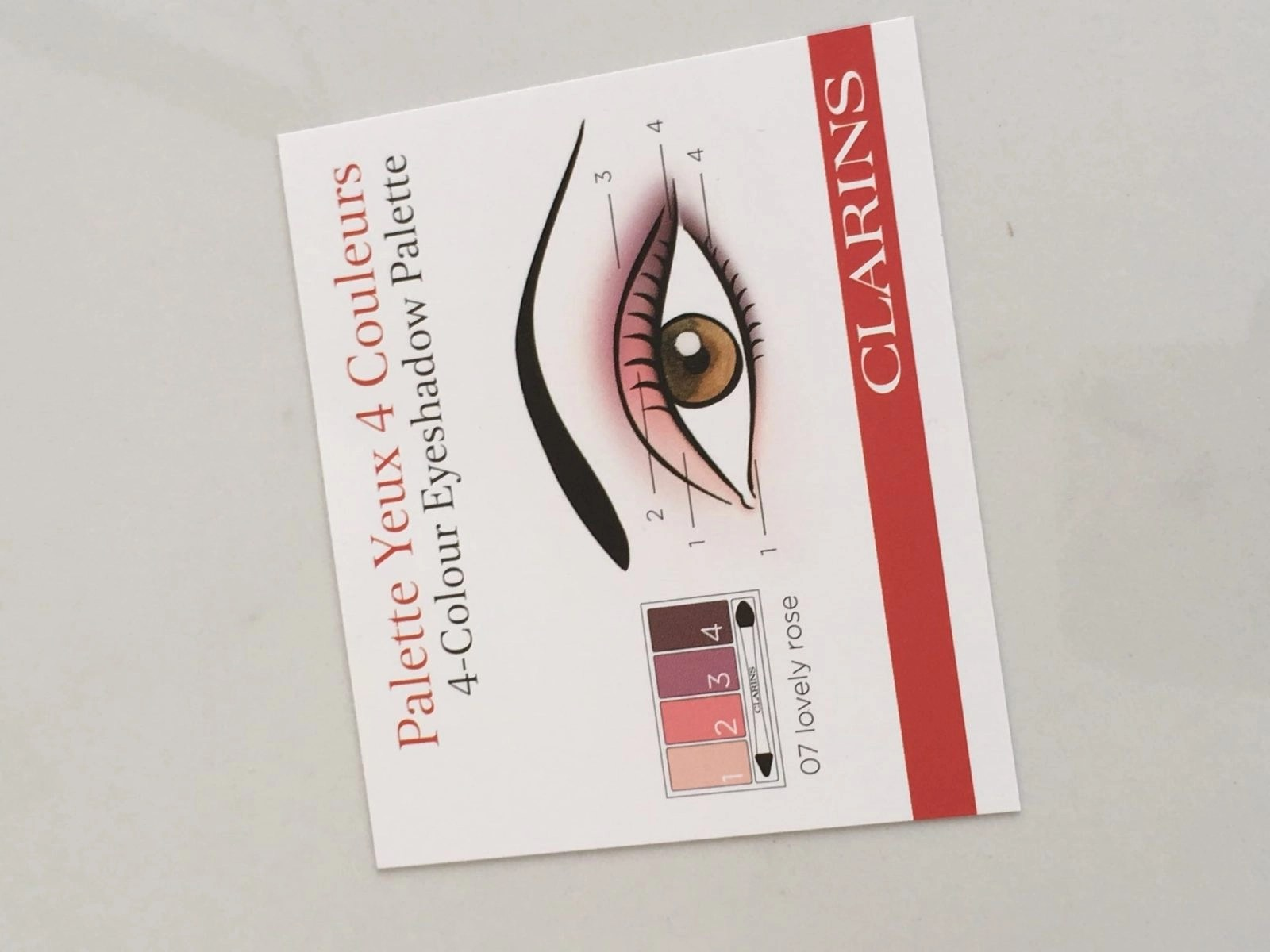 Eyeshadow Palette Card with eye look options