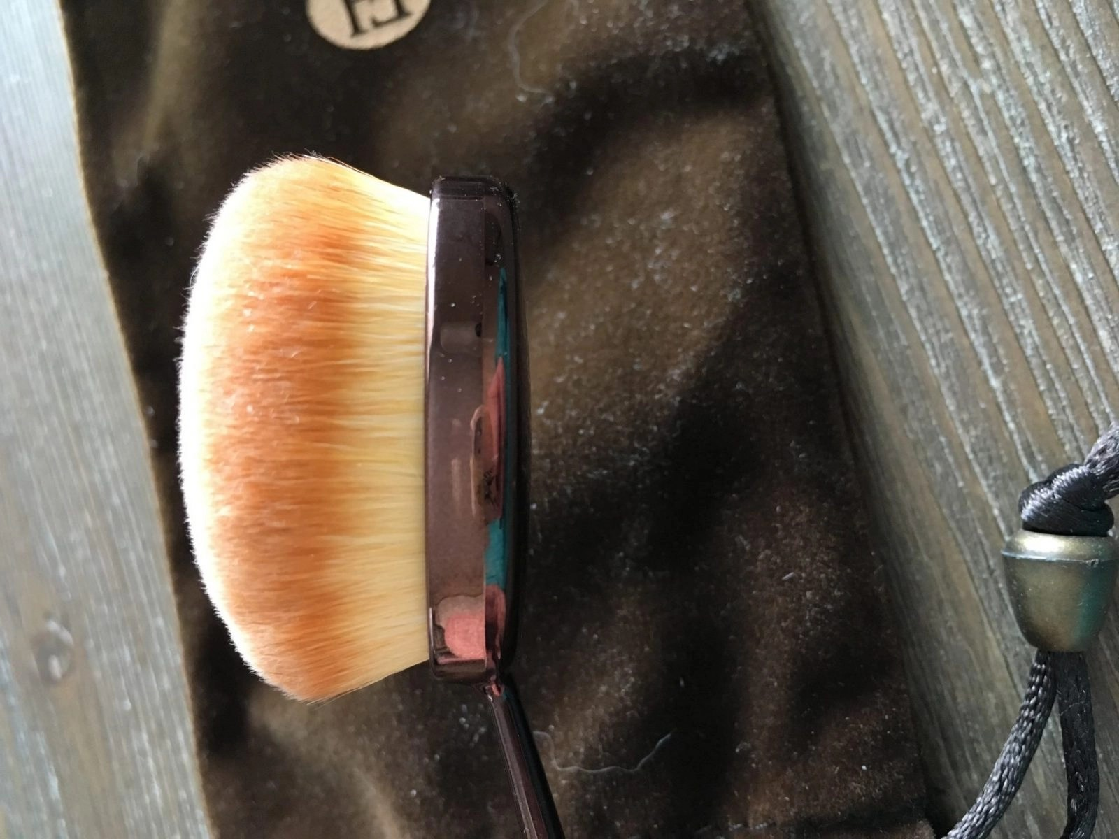 Hue Foundation Brush from the side