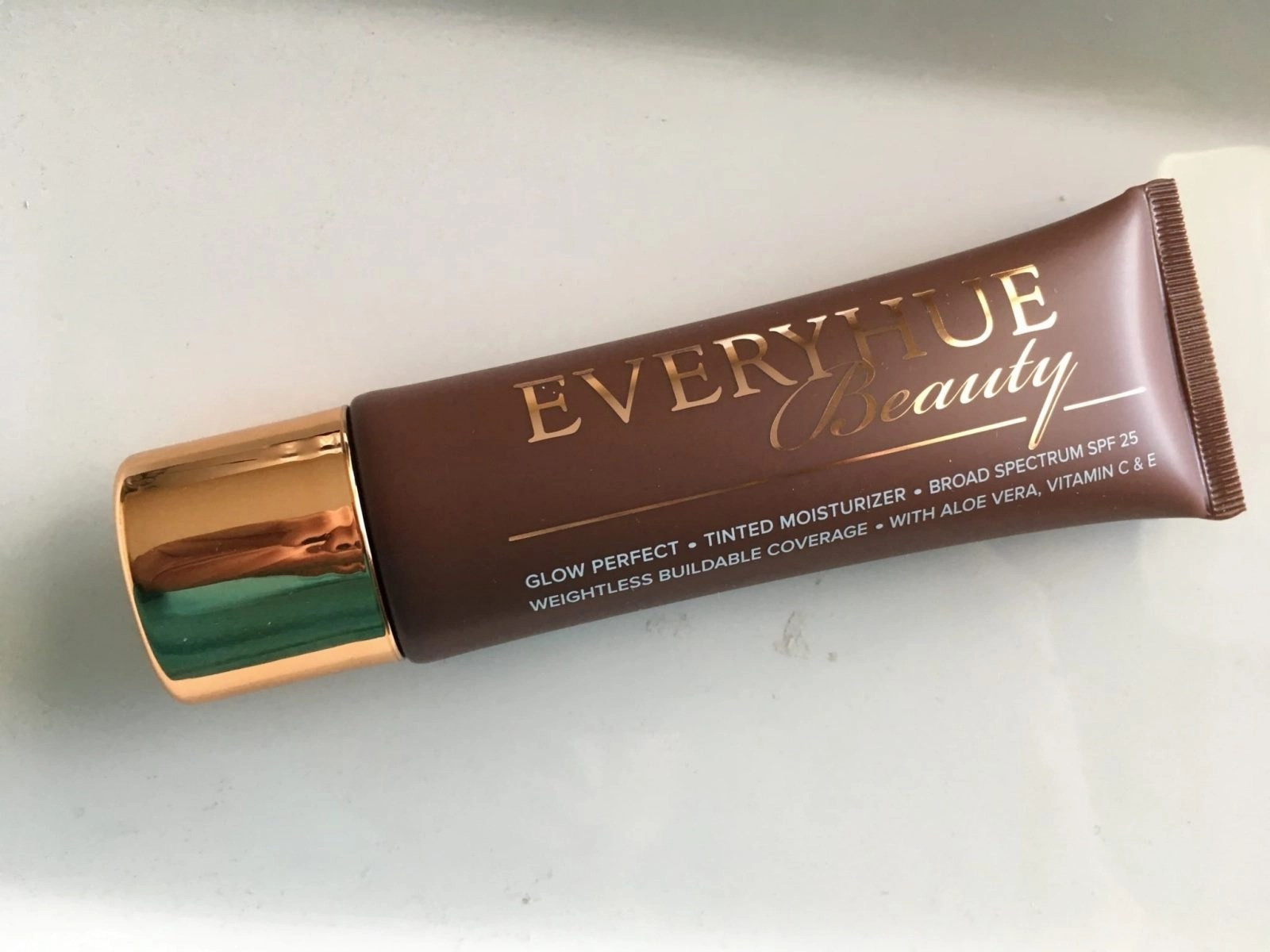 Everyhue Beauty Glow Perfect Tinted Moisturizer in #12