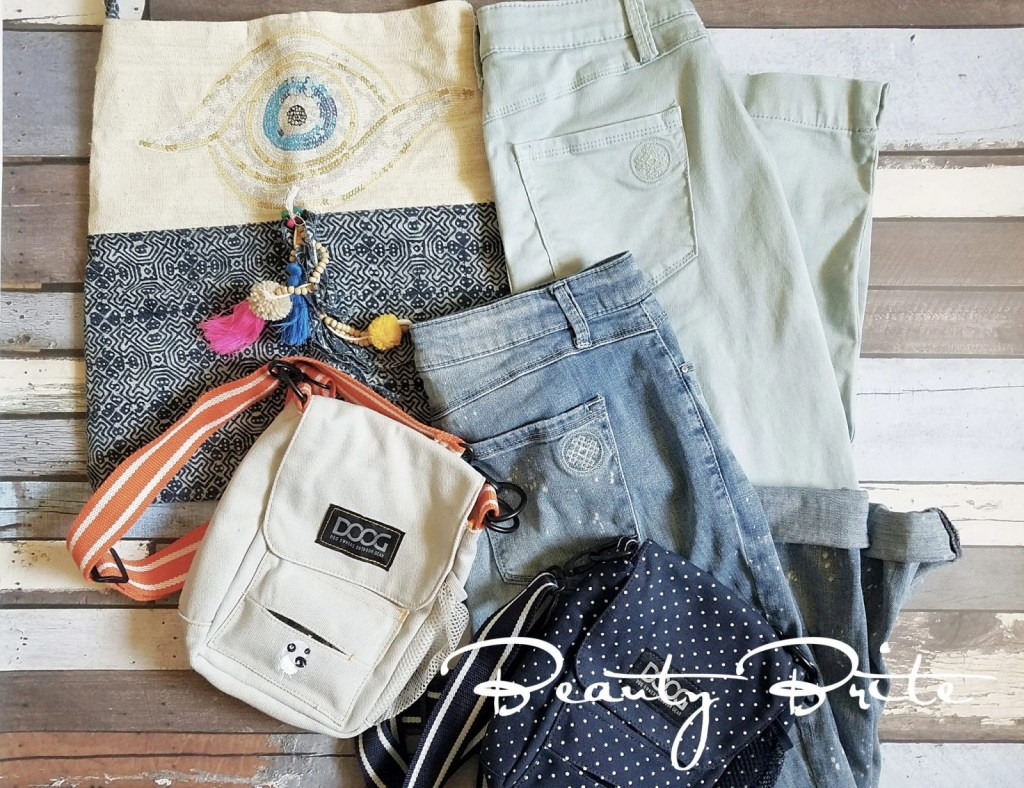 Relaxed Fashion For The Busy Moms - social media