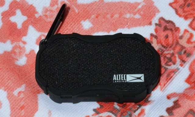Make a splash at your summer parties - Altec Lansing Baby Boom Speaker