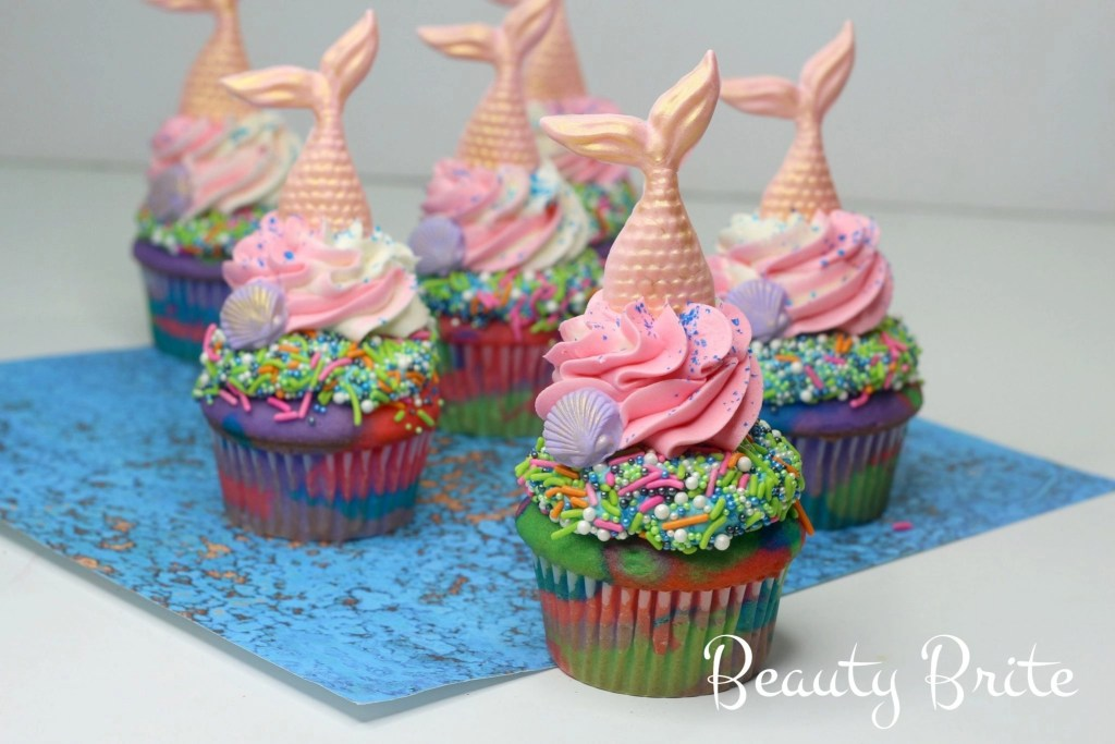Mermaid Tail Cupcakes - social media