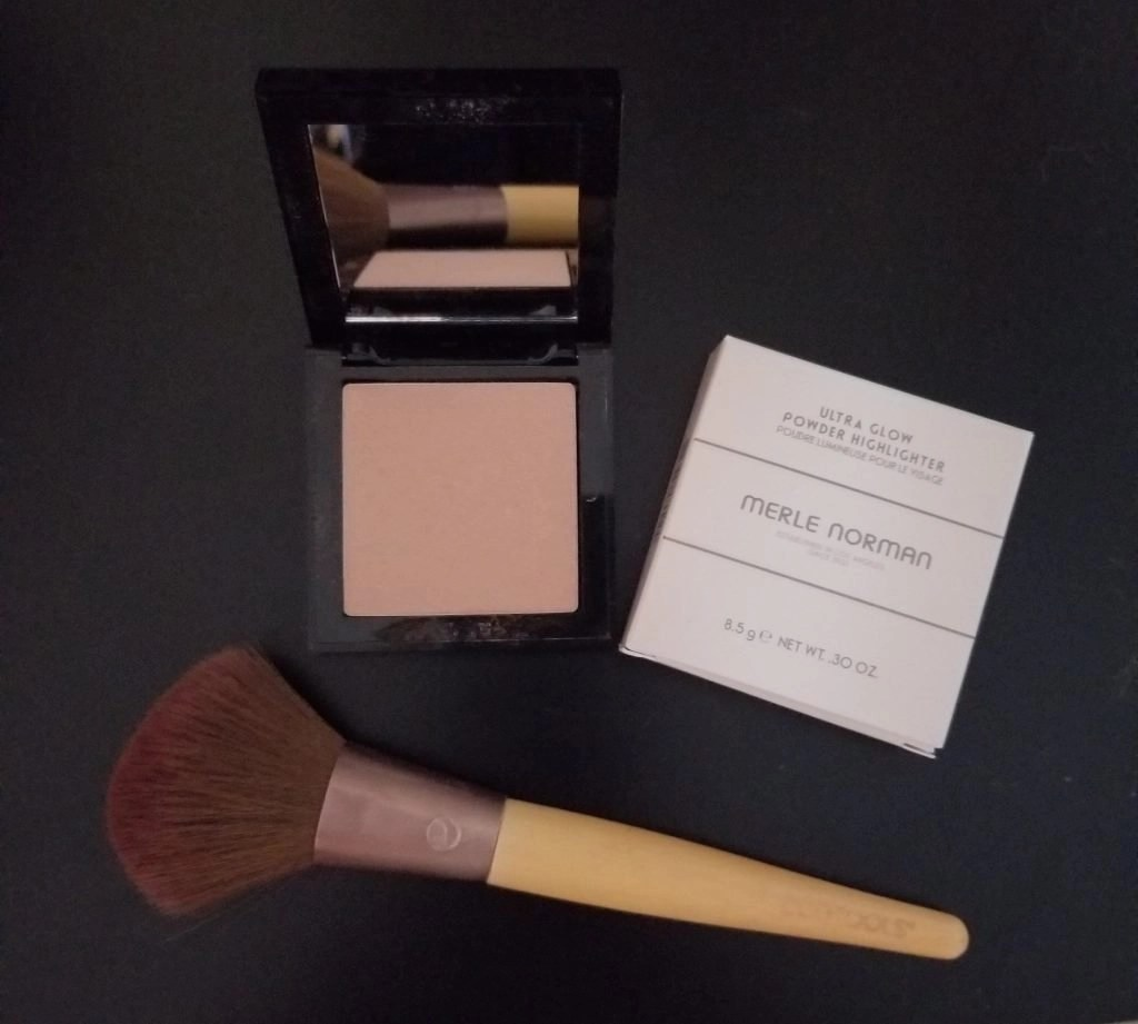 Merle Norman Ultra Glow Powder Highlighter