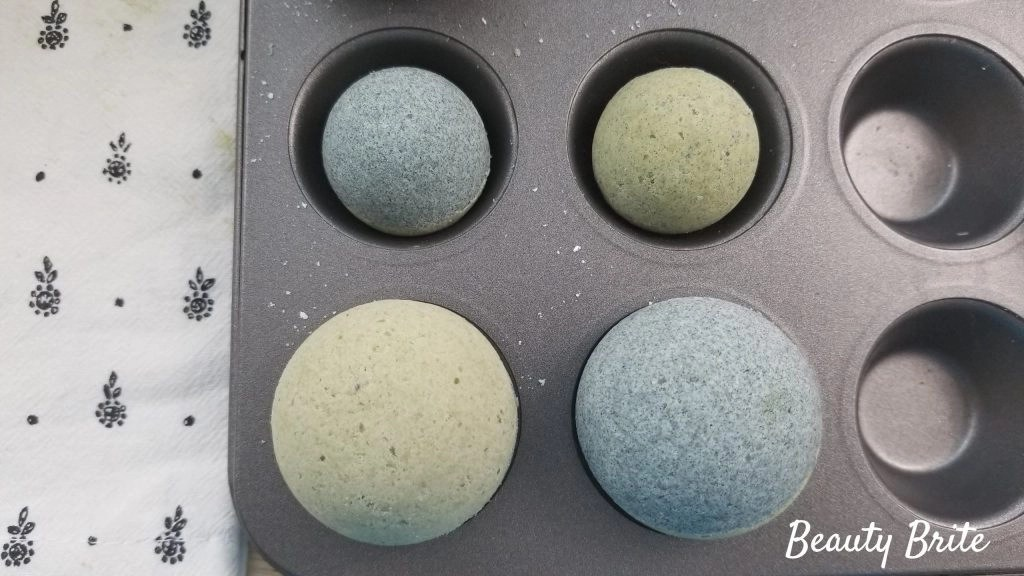 Spirulina and Matcha Bath Bombs Step 15