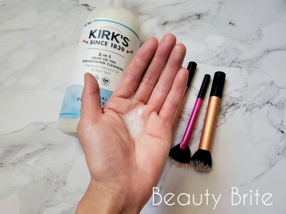 Makeup Brush Cleaning Tutorial Step 3