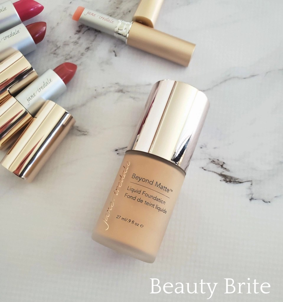 Jane Iredale Beyond Matte 3-in-1 Liquid Foundation