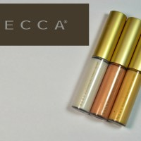Becca Cosmetics Shimmering Skin Perfector Spotlights Review