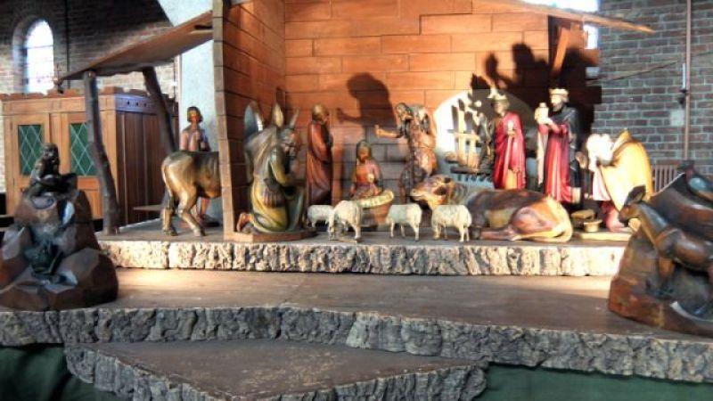 Kerststal binnen Dominicuskerk